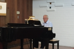 Choir Accompanist, Gary Roberts